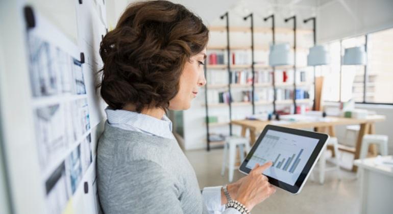 Mujeres y tecnología: retos y oportunidades para crear valor en el mundo digital - Granada Empresas